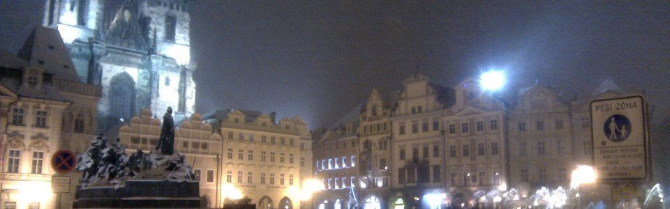 Source Fabricz: Snowy evening in Prague